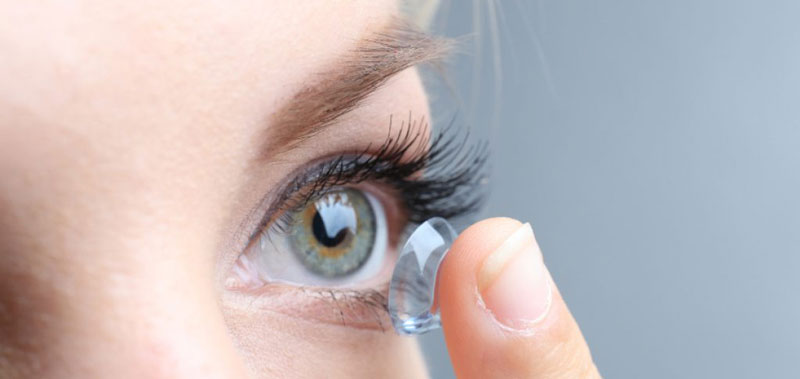 Vyzkoušejte naše kontaktní čočky, budou Vám sedět jako ulité